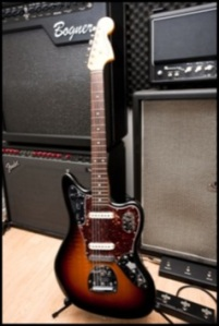11fenderclassicplayer-3_350