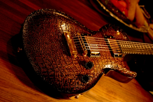 dbz_guitars_bolero_12