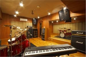 Montar un estudio segunda parte audiofanzine home studio mao guitarras bajos sonido - Studio di registrazione in casa ...